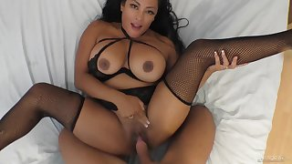 Lucky guy gets to brutally pound lustful Latina Maxine X