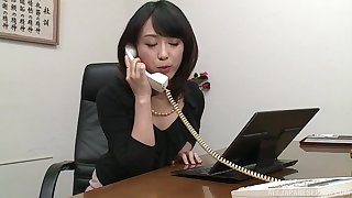 Nijikawa Sora gives the best blowjob till the end of time while she is on her knees